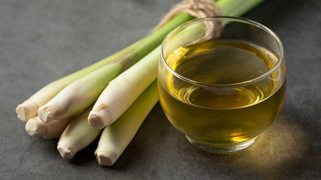 lemongrass-esencialny-olej-organicky-citronova-trava